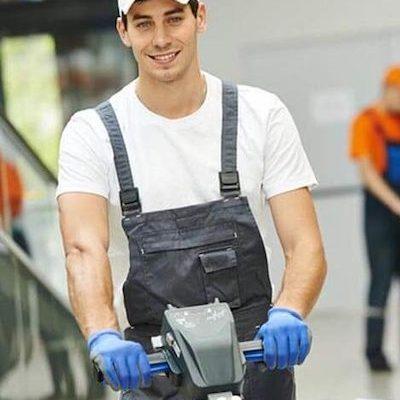 Guy cleaning a restaurant in Lezzeno Lake Como